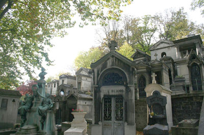 pere_lachaise_cemetary